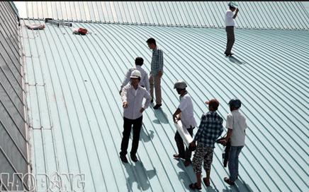 Thợ chống dột mái tôn tại quận 8