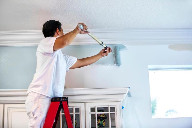 Đội thợ sơn nhà Gia Phong