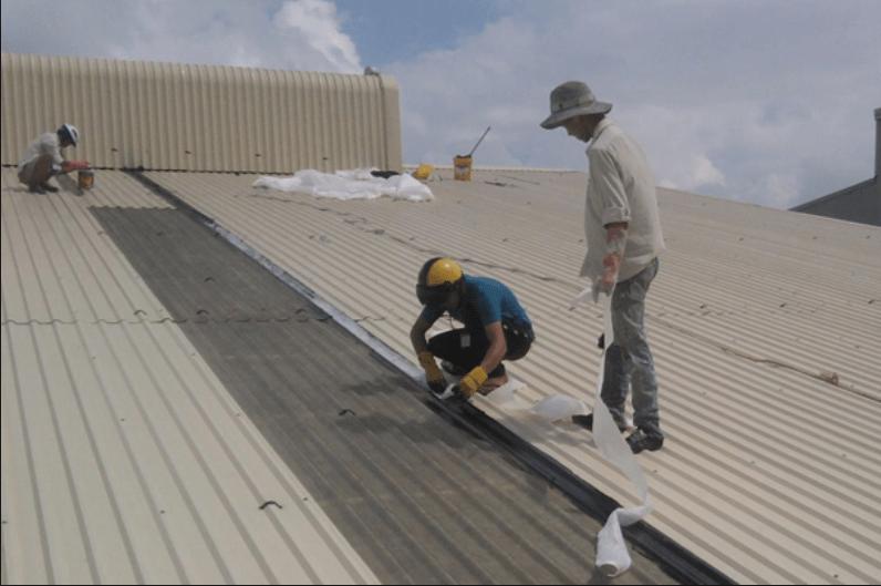 Thợ sửa mái tôn tại quận tân bình