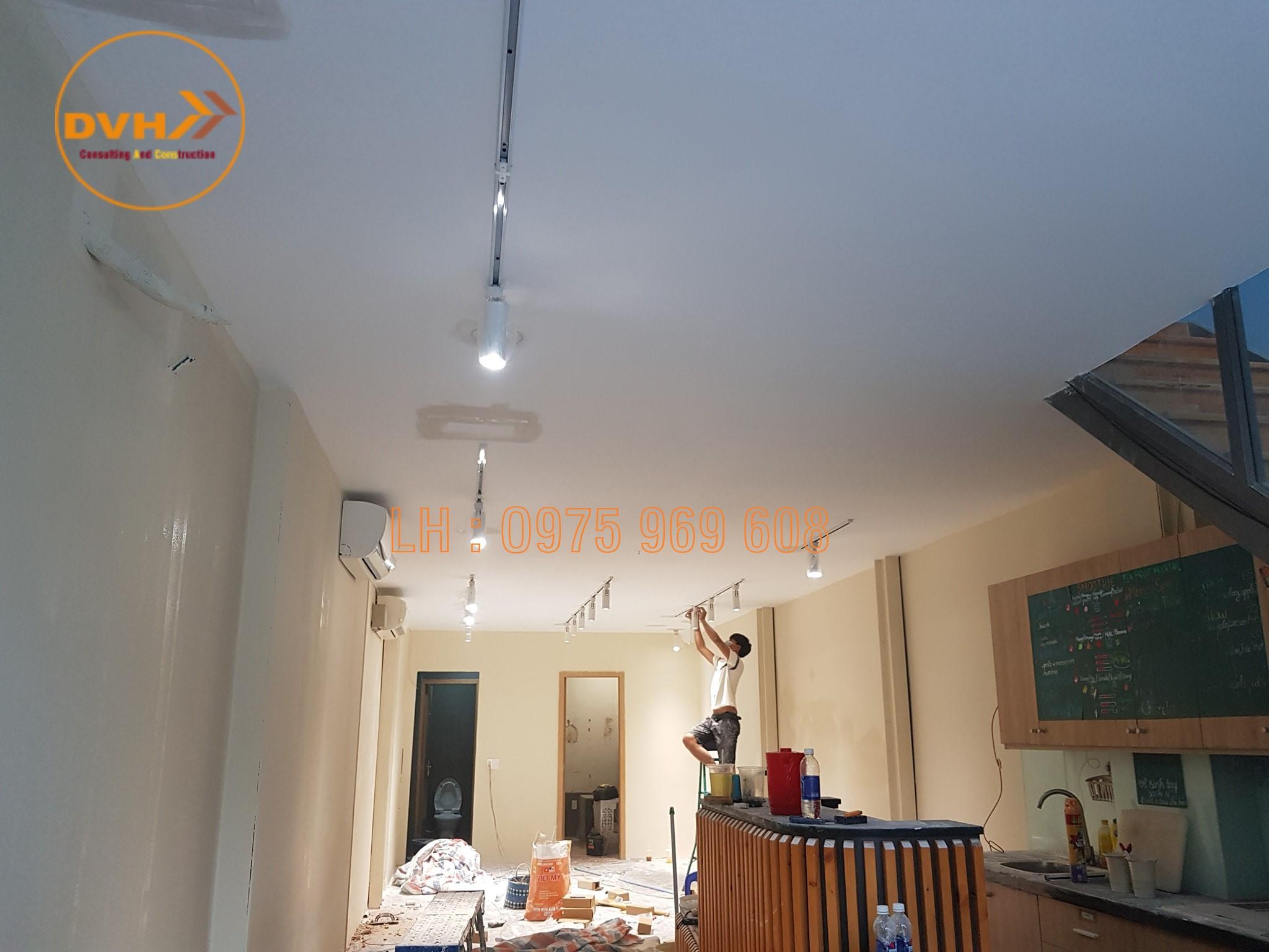 Thi công điện nước, trần vách ngăn thạch cao đẹp lượng